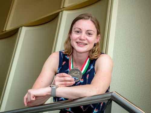 Laura van der Graaf