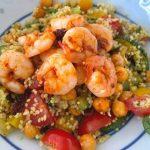 Bloemkool couscous met veel groenten en gamba's