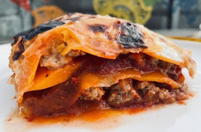 Lasagne bolognese met pompoenbladen